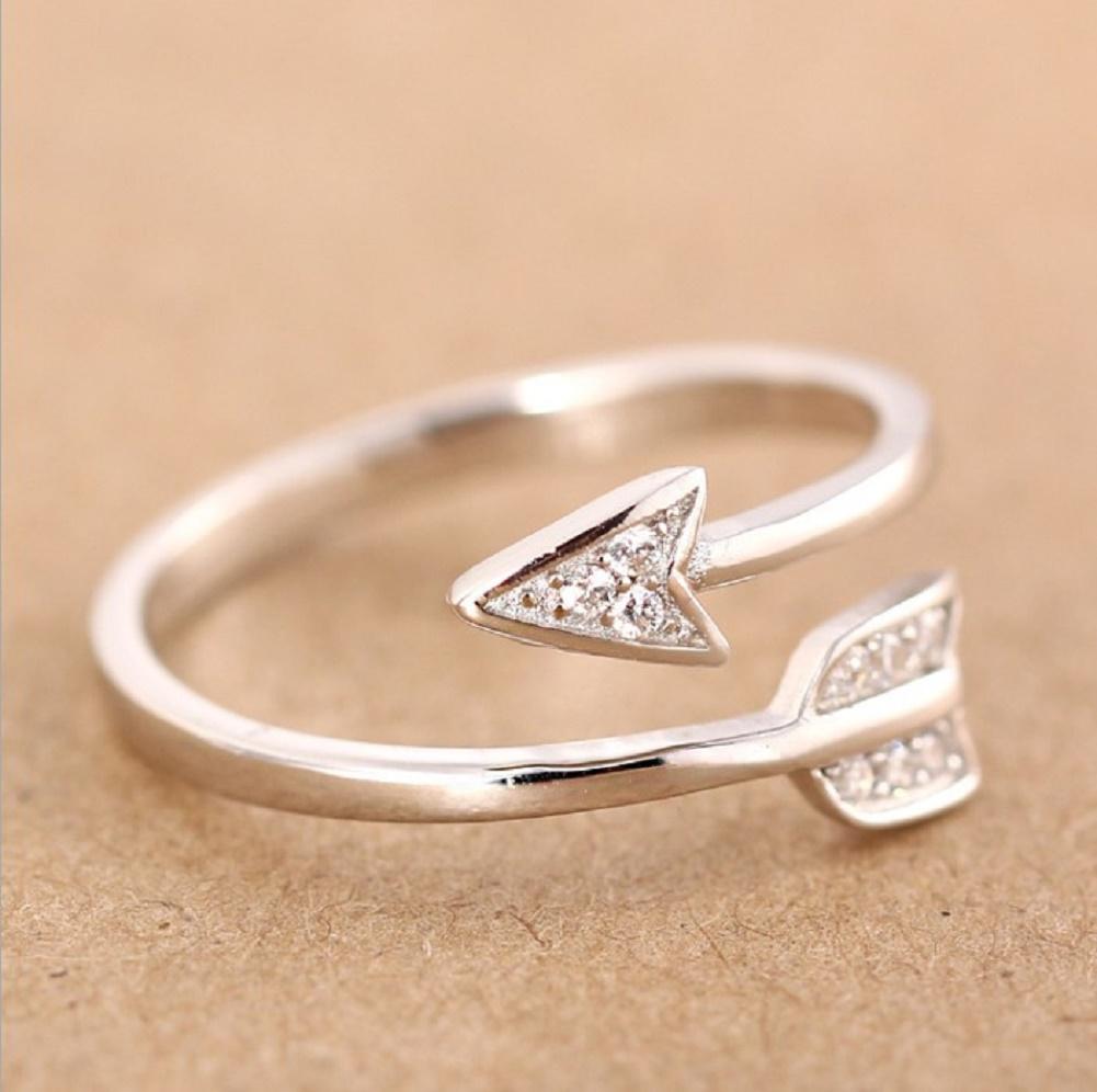 スピアージュエリー クリスタルリング 指輪 アクセサリー ジュエリー ファッションリング 調節可能