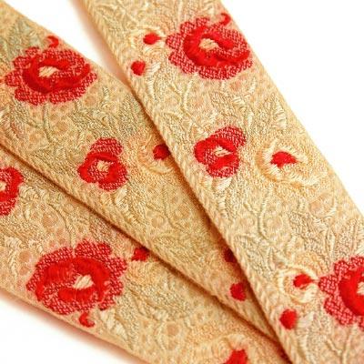 ヴィンテージ刺繍リボン(花々) 3m