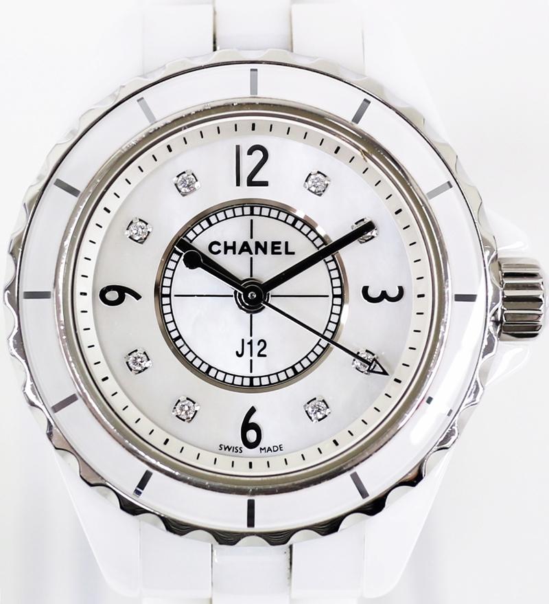 CHANEL シャネル J12 シェル文字盤 8Pダイヤ 時計 人気ショップが最安値挑戦 レディース腕時計 ホワイト セラミック 電池交換済み 2019.10 売店 5 中古 Cal 956102