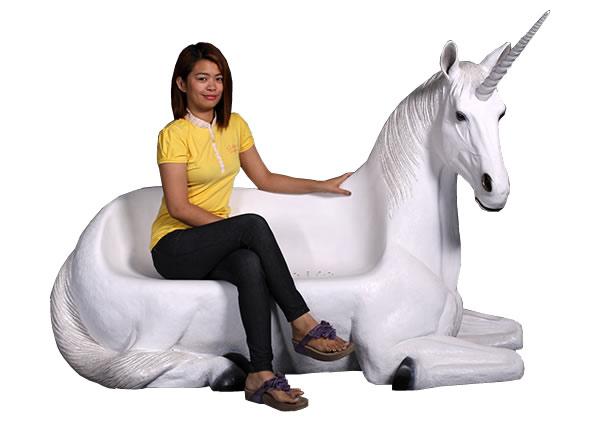 ユニコーンベンチ / Unicorn Seat