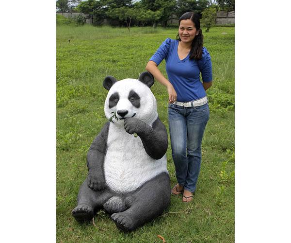 置物動物インテリアパンダ / Eating Panda