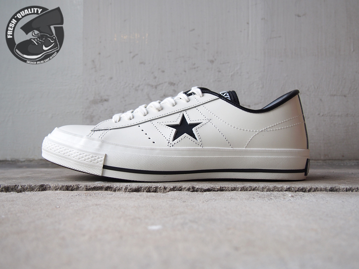 32346510 CONVERSE ONE STAR J WHITE BLACK MADE IN JAPAN Converse one star  Japan white   black 95eb6e82a