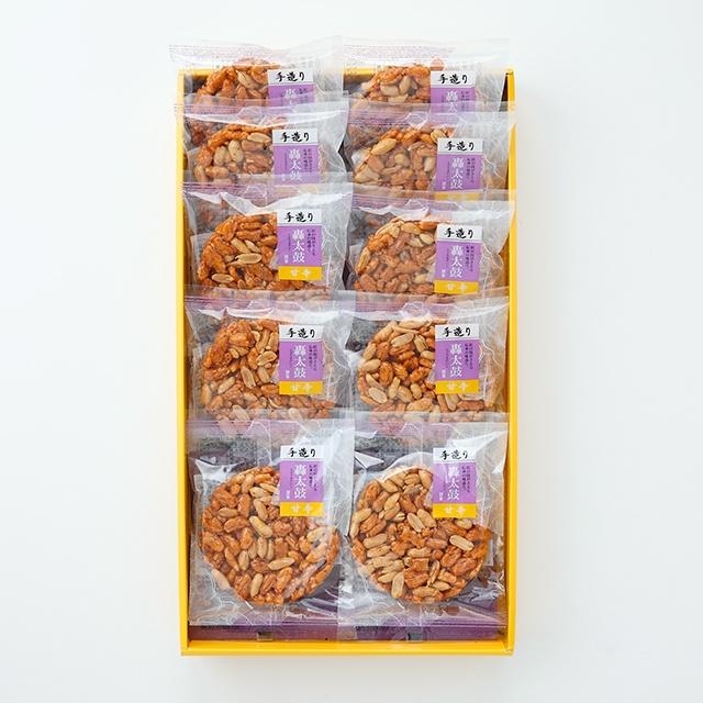 Seasonal Wrap入荷 落花生とおかきがマッチした逸品です 予約販売品 轟太鼓甘辛10枚入 送料込