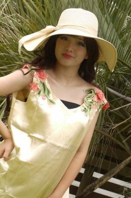 女優帽 リボン ナチュラル カラー ベージュ 低廉 ハット 麦わら帽子 リゾート つば 正規激安 セクシー 日焼け防止 かわいい 海 夏 大きい