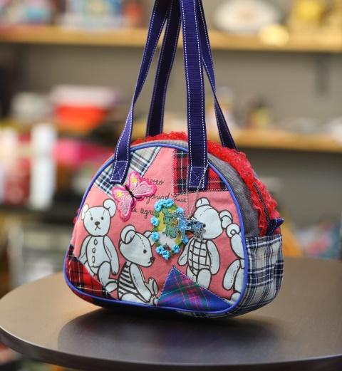 《新シリーズ》【Seori Bag 】JuJuオリジナル【飛蝶姫のBag(くまさんと運を上げる蝶とチェックコラボのBag)】ミニボストンバッグ/オリジナルバッグ希少可愛いコットンバッグ