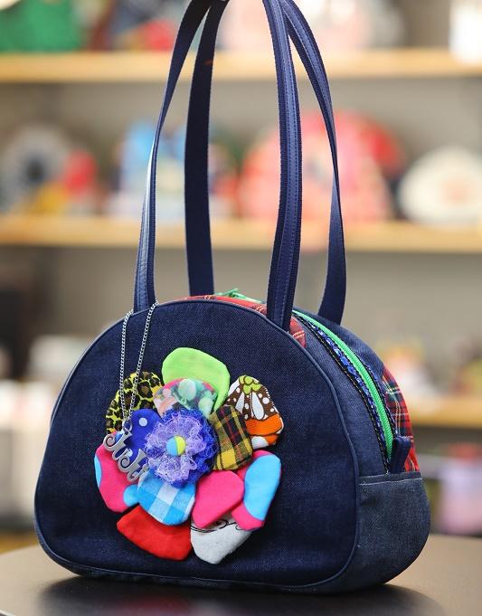 JuJuオリジナル【ブルー系、コットンのお花、明るめ】ボストンバッグ/オリジナルバッグ希少可愛いコットンバッグ