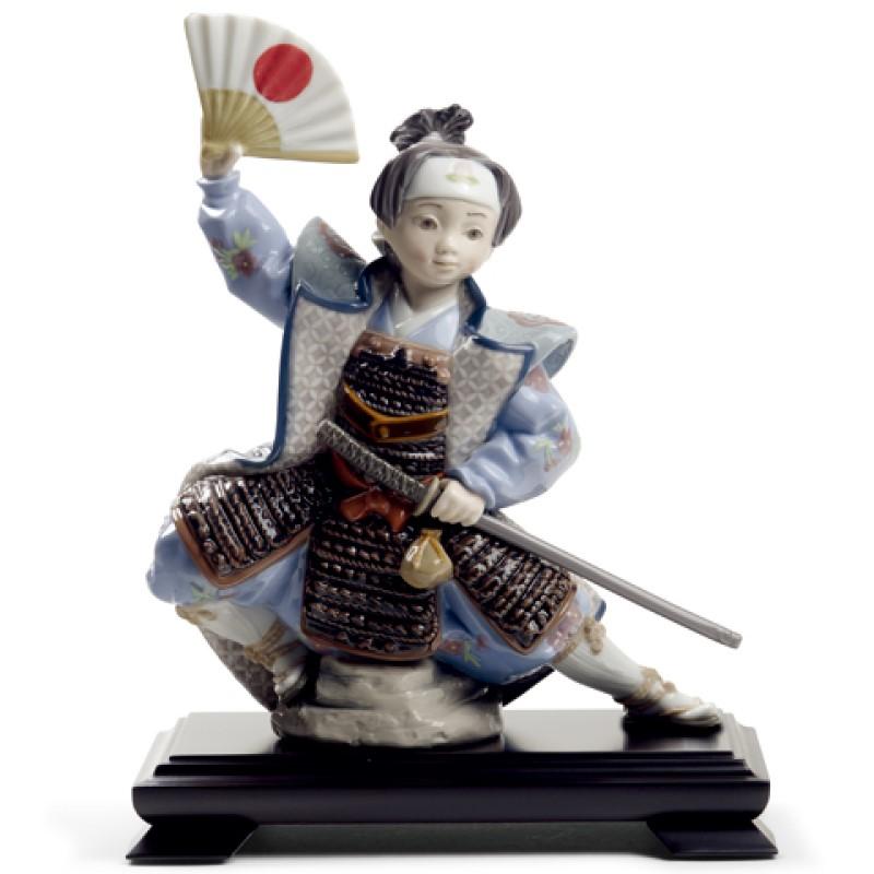 【10/31まで!カード限定エントリーでポイント最大12倍】リヤドロ LLADRO 五月人形桃太郎 MOMOTAROU