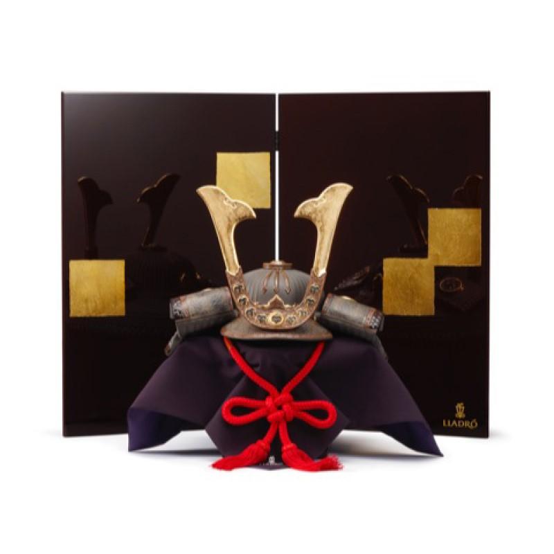 【10/31まで!カード限定エントリーでポイント最大12倍】リヤドロ LLADRO 五月人形筋兜 屏風付き