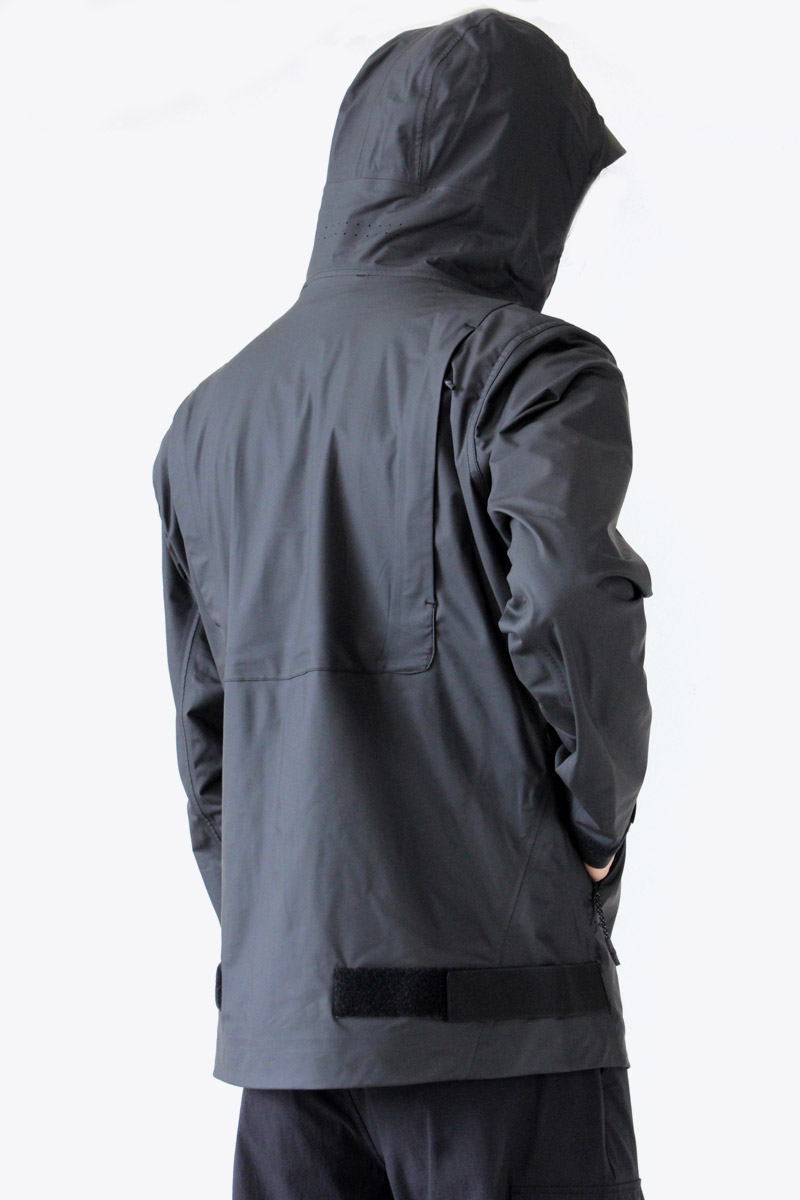 【送料無料】【メンズ新品】ISAORA (イサオラ) STORM BONDED SHELL 防水ラバーシャルジャケット BLACK [NEW]