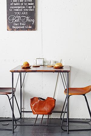 【カフェ コーヒー テーブル 家具 ディスプレイ 什器 アンティーク風 アンティーク調】アイアンウッドカフェテーブル