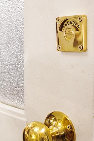 【真鍮 ラッチ 錠 鍵 トイレ キー ブラス アンティーク調 アンティーク風】レトンレストルーム ラッチ