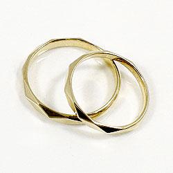 結婚指輪 ひし形カット ペアリング イエローゴールドK10 マリッジリング 10金 2本セット 文字入れ 刻印 可能 婚約 結婚式 ブライダル ウエディング ギフト 新生活 在宅 ファッション4A3Rj5L