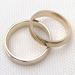 結婚指輪 ペアリング イエローゴールドK18 シンプル マリッジリング 18金 2本セット 文字入れ 刻印 可能 婚約 結婚式 ブライダル ウエディング ギフト 新生活 在宅 ファッション0Oyn8wvNm