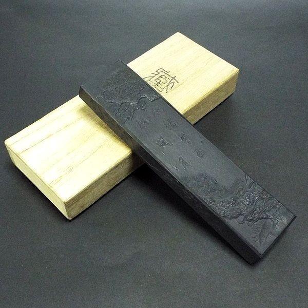 極上油煙青墨 松間月 【極上の煤で精製された最高級秘蔵油煙青墨】