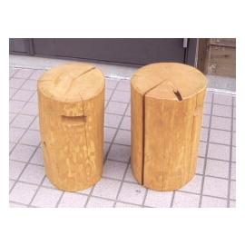 丸太椅子2個セット(ひのき材)・直径30cm前後