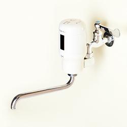 【送料無料】【代引不可】ミナミサワ フラッシュマン FMNS 汚物流し便器洗浄用センサー 壁水栓用 レバーを触らずセンサ式になり衛生的 電池寿命・月4000回使用時(本洗浄のみ)で約3年