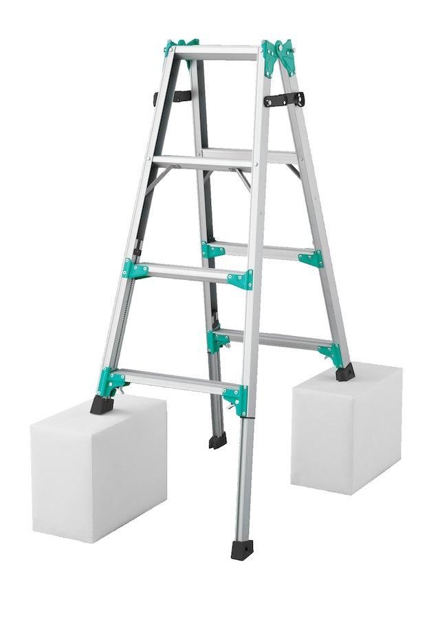 【メーカー直送にて送料無料(北海道は+3000円)】長谷川工業 RYZ-12bハセガワ hasegawa 伸縮脚立 はしご兼用脚立 脚の長さが調節できる♪ 天板高さ102cm~133cm【hat】※送り先が法人名に出来る方のみの販売となります。