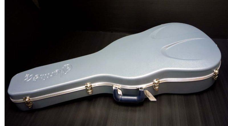 Martin Z40 Blue Case [12C0008] 《アコギ用ハードケース / ドレッドノート14フレット対応》【送料無料】(ご予約受付中)