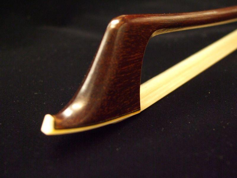 """汉学 Paesold 大提琴弓 PA366C-R (4 / 4)""""大提琴弓。"""