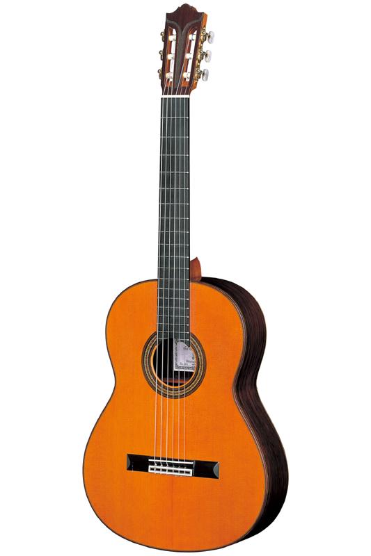 """雅马哈 GC 系列 GC70C""""吉他谱""""。"""