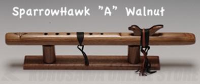 High Spirits Flutes スパロー・ホーク 113-W key/A クルミ材 482mm 《インディアンフルート》【送料無料】