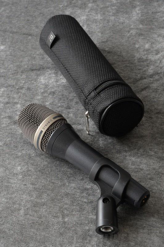 AKG D7 S 《ハンドヘルド型マイクロホン》【送料無料】
