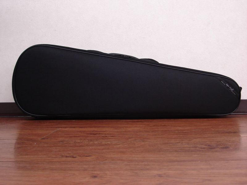 Super Light バイオリンケース ストレート型 ブラック 【smtb-u】