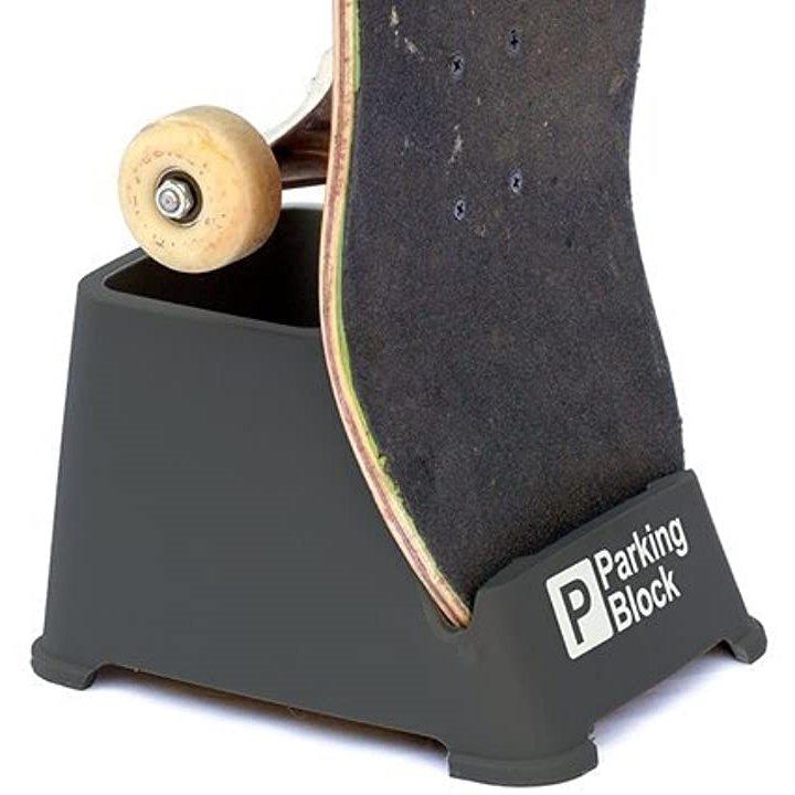 70%OFFアウトレット 開店記念セール スケボースタンド Parking Block 収納 固定台 持ち運びに便利なコンパクトサイズ 超軽量 スケートボードスタンド