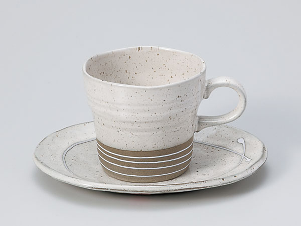 Of white fuuzu light coffee cup & saucer