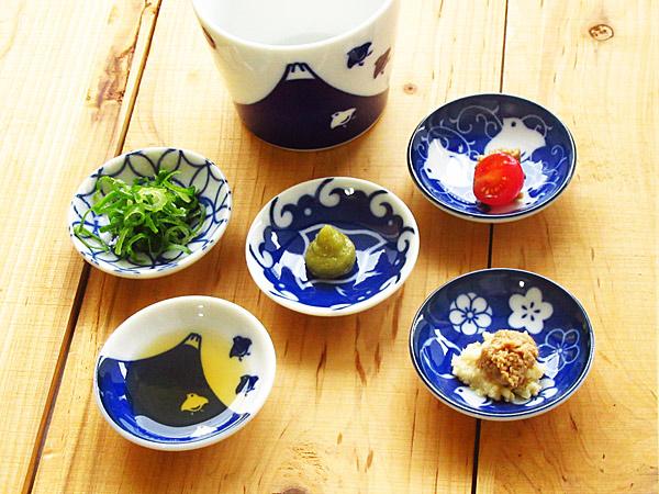 千鳥づくし 10個までクロネコDM便で送料164円 千鳥 染付け 豆皿 6.2cm 選べる5柄 美濃焼 大幅にプライスダウン 薬味皿 通販 和食器 ざるそば 小粒皿 ちどり インディゴブルー プレート 藍