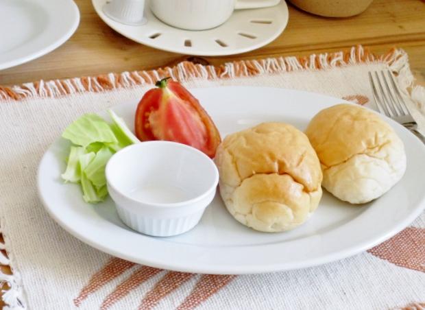 【30枚まとめて】白い食器 オーバル リムプレート 25.7cm【美濃焼 中皿 楕円 玉縁 丈夫 アウトレット 10インチ】