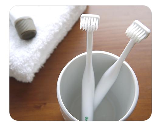 お子様 お口の小さい方用 歯周病の原因となる歯垢がきれいに 4本でお買い得 メール便無料 激安卸販売新品 代引き不可 硬さを選んで下さい 歯医者さんが開発 ボニカ歯ブラシフラット×4本 2020秋冬新作 同梱不可