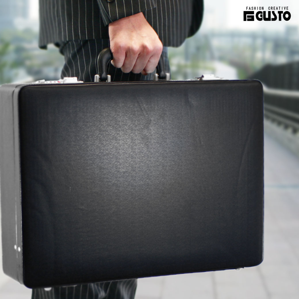 【全商品クーポン配布中】アタッシュケース ビジネスバッグ メンズ GUSTO ガスト アタッシュ 合成皮革 A3 横型 メンズバッグ バッグ ブランド プレゼント 鞄 かばん カバン bag