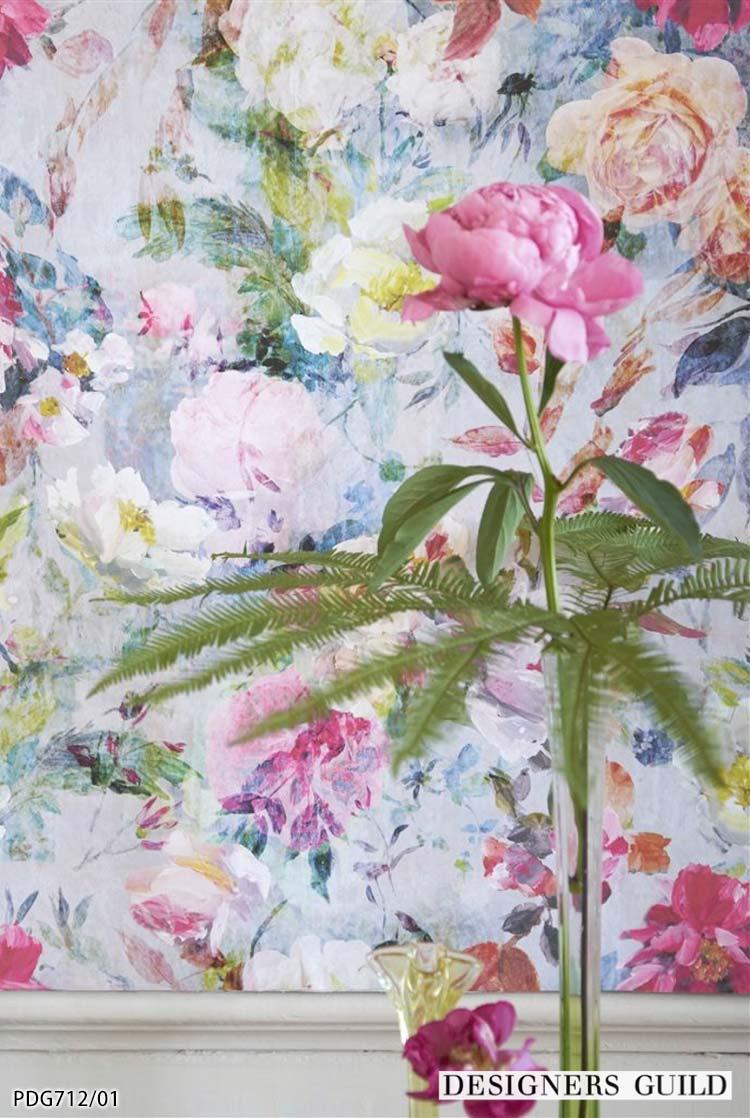 楽天市場 送料無料 輸入壁紙 イギリス製 花柄 マリアンヌ エレガンス 布 のりなし壁紙 Designers Guild デザイナーズギルド 52cm 10m ロール Pdg712 01 全2色 ピンク マルチカラー クロス Diy リフォーム 1ロール単位 カベコレ 壁紙コレクション