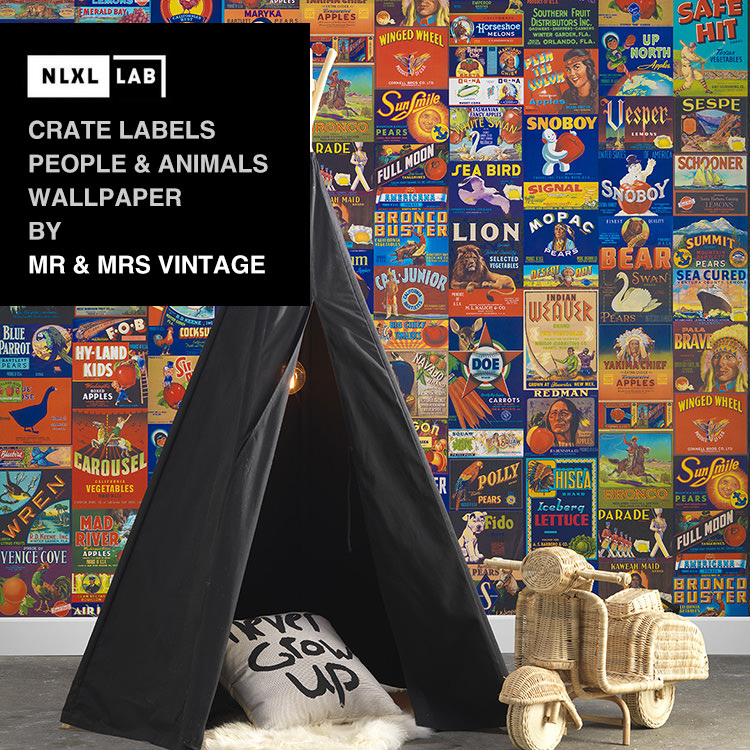 輸入壁紙 オランダ製NLXL LAB Crate Labels People & Animals Wallpaper / Mr & Mrs Vintage エヌエルエックスエル・ラボ(1ロール(48.7cm×10m)単位で販売)フリース(不織布)【国内在庫】