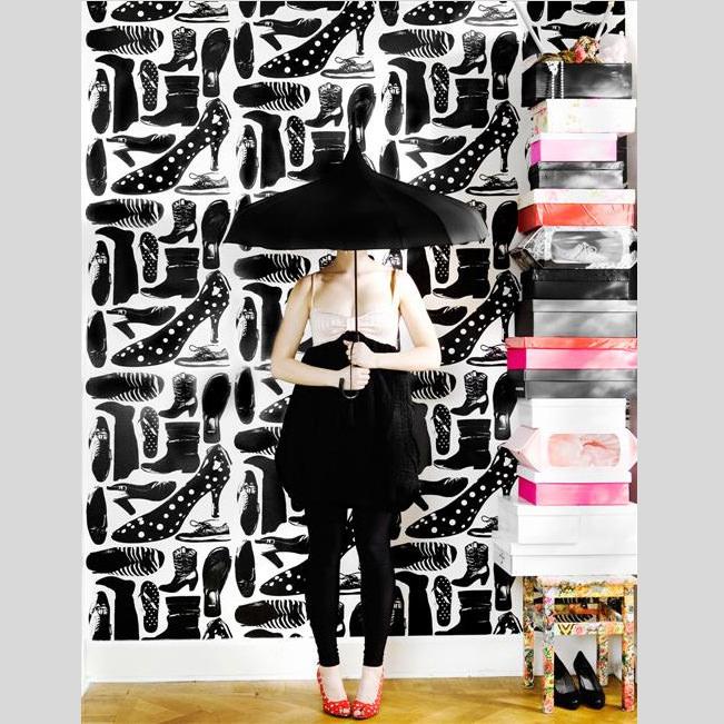 輸入壁紙 スウェーデン製 スタジオ リサ・ベングトソン / Lisa Bengtsson (1ロール(53cm×10m)単位で販売)紙系壁紙 【当店在庫品】 Svarmor【あす楽対応】