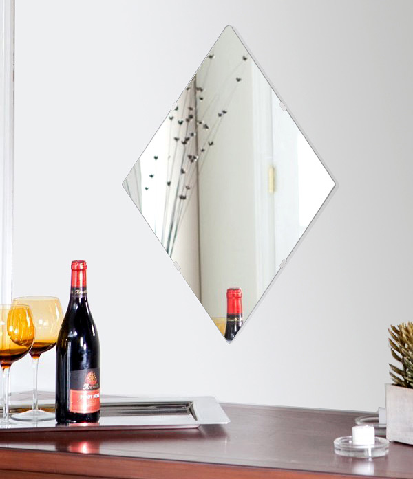鏡 壁掛け 鏡 ミラー 日本製 高透過 超透明鏡 ロザンジュ(菱形) 420mm×630mm スーパークリアーミラー シンプルタイプ 国産 フレームレスミラー 壁掛け鏡 壁掛けミラー ウォールミラー 姿見 姿見鏡 インテリアミラー (リビング、玄関、廊下、寝室など一般空間用)