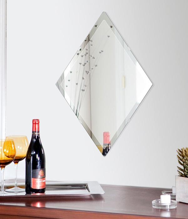 鏡 壁掛け 鏡 ミラー 日本製 ロザンジュ(菱形) 420mm×630mm クリアーミラー デラックスカット 国産 フレームレスミラー 壁掛け鏡 壁掛けミラー ウォールミラー 姿見 姿見鏡 インテリアミラー (リビング、玄関、廊下、寝室など一般空間用)