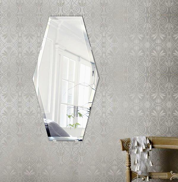 鏡 壁掛け 鏡 ミラー 日本製 高透過 超透明鏡 イレギュラーへキサゴン 320mm×600mm スーパークリアーミラー デラックスカット 国産 フレームレスミラー 壁掛け鏡 壁掛けミラー ウォールミラー 姿見 姿見鏡 インテリアミラー (リビング、玄関、廊下、寝室など一般空間用)