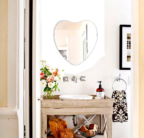 トイレ鏡 洗面鏡 化粧鏡 浴室鏡 クリスタルミラー シリーズ クリアーミラー シンプルタイプ ハート(Heart):cdx-heart450x470-km