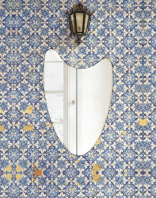 クリスタル ミラー 400x610mm ウエーブ クリスタルカット 鏡 壁掛け ミラー 壁掛け 日本製 5mm厚 玄関 リビング 寝室 トイレ 取付金具と説明書 壁掛け鏡 壁に直付け ウオールミラー 姿見 全身 おしゃれ 軽量 波 波形