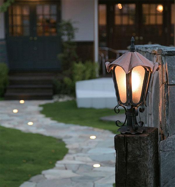 ポーチライト 玄関灯 玄関照明 屋外照明 エクステリアライト 照明 屋外ライト スポットライト 庭 庭園 ガーデン 室外 ライト 屋外 仕様 おしゃれ アンティーク レトロ:tUopzechSs-pl