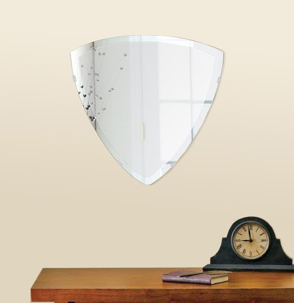 鏡 壁掛け 鏡 ミラー 日本製 トリリアント(三角形) 500mm×490mm クリアーミラー デラックスカット 国産 フレームレスミラー 壁掛け鏡 壁掛けミラー ウォールミラー 姿見 姿見鏡 インテリアミラー (リビング、玄関、廊下、寝室など一般空間用)