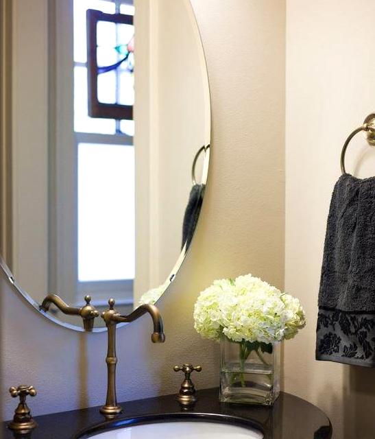 洗面鏡 浴室鏡 トイレ鏡 化粧鏡 日本製 楕円形 鏡 500mm×700mm クリアーミラー クリスタルカット 国産 フレームレスミラー 風呂 鏡 壁掛け鏡 壁掛けミラー ウオールミラー 姿見 姿見鏡 ミラー