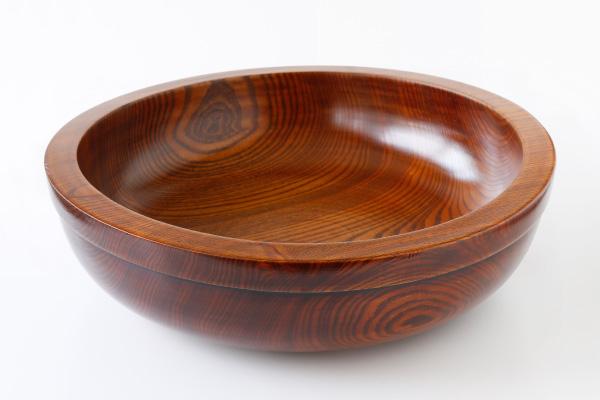 くりぬきこね鉢 φ60cm 高さ(約)15cm重さ(約)6.5kg (材質:なつめ製/柾目使用/拭き漆)