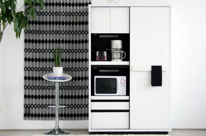 開梱設置配送 キッチンボード 120 北欧 白 黒 完成品 美しい キッチン 収納 扉 ホワイト モノクロ レンジ台 食器棚 幅 120cm ダイニング オシャレ 家具 通販 国産