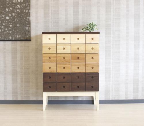 天然木の異素材の組み合わせナチュラルなグラデーションハイチェスト・アルダー・メープル・バーチ・ウォールナット無垢材・国産・日本製・木製・エコ仕様脚付きチェスト