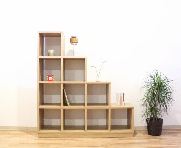 天然木オーク材使用のナチュラルなステップシェルフ階段シェルフ・ラックオプション組み合わせで個性的なディスプレイ国産・日本製・木製・エコ仕様