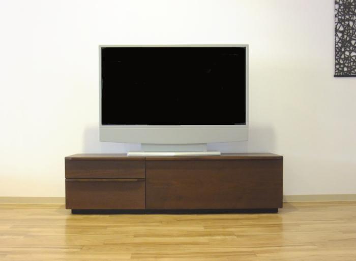 【送料無料】強化紙仕様のとてもきれいな仕上がりのテレビtvボード♪ウォールナット&オーク扉を閉めたままでもリモコン操作が可能です!!すっきりとしたモダンなデザインです!!サイズあり!同デザインのロータイプもあります♪