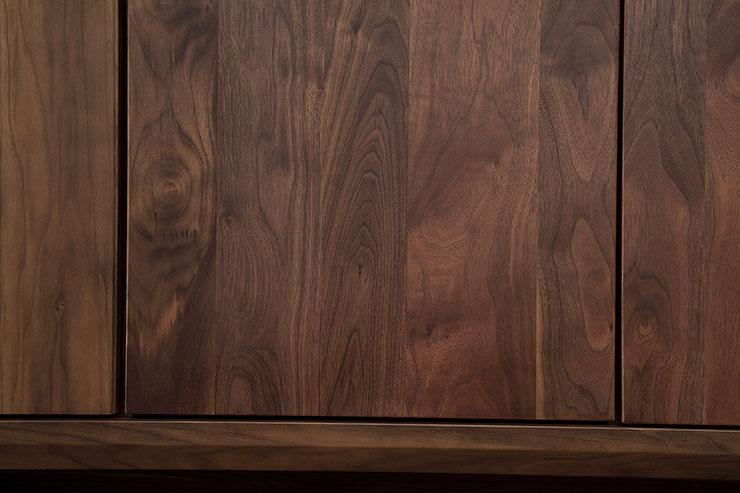 【/設置無料】 高級ウォールナット無垢 壁面収納 ガイア テレビ台 幅140 奥行45 高さ197 ブラウン
